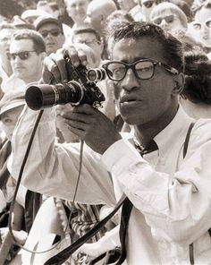 with a Nikon rangefinder Camera Photography, Photography Tips, Jamaica, Classic Camera, Rangefinder Camera, Lights Camera Action, Equador, Famous Photographers, Vintage Cameras