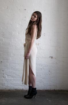 Miss Crabb - Summertime Dress Black Silk Crepe, Pure Silk, Things To Buy, Dress Black, Summertime, Minimalism, Wrap Dress, Women's Fashion, Pure Products