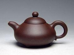 Chinese Yixing zisha Teapots page 12: Leona Craig Gallery