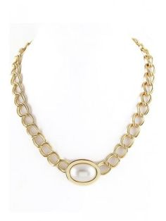 Smart Shining White Pearl Golden Chain Necklace