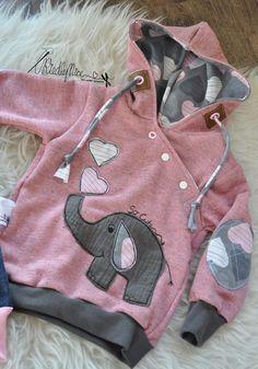 Kids Clothing from: RiedlyNice (Diy Baby Dress) Kids ClothingSource : von: RiedlyNice (Diy Baby Dress) by Little Girl Fashion, Baby Boy Fashion, Kids Fashion, Sewing For Kids, Baby Sewing, Sewing Clothes, Diy Clothes, Clothes Women, Kids Clothing