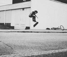 Frame Video Magazine (@framevideomag) Instagramissa Skateboarding, Railroad Tracks, Magazine, Running, Frame, Instagram Posts, Picture Frame, Skateboard, Keep Running