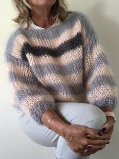 Diy Crafts - Casual Over Sized Striped Sweater Pullover – sclinen Gilet Mohair, Mohair Sweater, Cable Knit Sweaters, Gros Pull Mohair, Oversized Pullover, Womens Linen Clothing, Vogue Knitting, Sweater Knitting Patterns, Warm Outfits