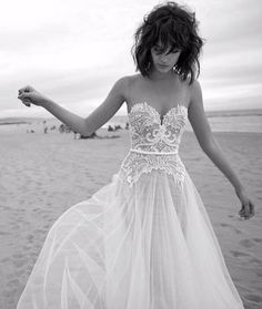 Vintage 2016 Beach Wedding Dresses Backless Sheer Neck Sexy Lace Applique Bride Gowns Sleeveless Sweep Train Tulle A Line Wedding Dress Dream Wedding Dresses, Bridal Dresses, Wedding Gowns, Petite Bride Wedding Dress, Wedding Ceremony, Dresses Dresses, Mod Wedding, Wedding Bells, Summer Wedding