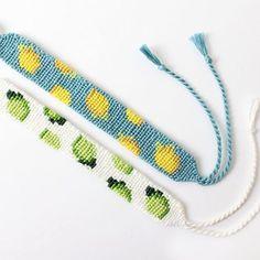 Diy Bracelets With String, String Bracelet Patterns, Diy Bracelets Patterns, Thread Bracelets, Diy Bracelets Easy, Bracelet Crafts, Friend Bracelets, Loom Bracelets, Macrame Bracelets