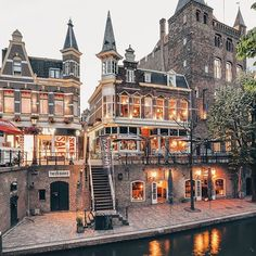 Utrecht, Netherlands What documents are necessary in order to obtain a permanent residence permit in the Netherlands? http://www.immigration-netherlands.com/how-can-eu-citizens-obtain-permanent-residence-in-netherland
