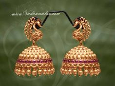 Antique design earrings to cast a spell during occasions Gold Jhumka Earrings, Gold Bridal Earrings, Jewelry Design Earrings, Gold Earrings Designs, Jhumka Designs, Gold Mangalsutra, Antique Earrings, Bridal Jewelry, Gold Necklace