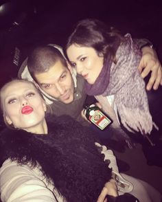 3 lil friends / birds & Štefan  #tbt#friends#amigos#xmass#ovečka#redlips#love#life#legendary#instagood#woman#man#slovakia#party#night#the1#theBest#theOnly#alcohol#music#blondie#g#bobmarley#bird#photo#makeup#jeger#tagsforlikes#pxcity by alexandrasasagachulincova