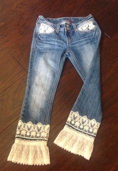 Refuge upcycled bohemian lacy length denim jeans 2019 Refuge upcycled bohemian lacy length denim jeans The post Refuge upcycled bohemian lacy length denim jeans 2019 appeared first on Denim Diy. Denim And Lace, Lace Jeans, Diy Jeans, Recycle Jeans, Estilo Hippie, Clothing Hacks, Upcycled Clothing, Upcycled Crafts, Denim Crafts
