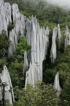 Gunung Api, Borneo