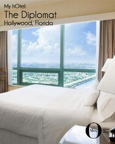 I'm not getting up early! The bed at the Westin Diplomat, Hollywood, Florida, is fabulous! I'm a great fan of Westin's Heavenly beds - they've reinvented the sleep experience.