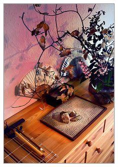 ikebana pinks and fans.