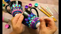 EASY Dot Mandala MUG Painting Using ONLY Qtip Toothpick Pencil | How To ... Dot Painting Tools, Dot Art Painting, Simple Mandala, Mandala Dots, Bottle Painting, Bottle Art, Diy Bottle, Bottle Crafts, Mandala Drawing