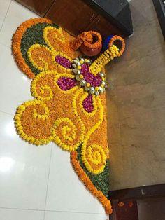 These New Year rangoli designs may not be as detailed as Sankranti rangoli designs or Diwali rangoli or even the themed ones like Ganesh rangoli, and so on. Rangoli Designs Flower, Rangoli Patterns, Rangoli Ideas, Colorful Rangoli Designs, Rangoli Designs Diwali, Diwali Rangoli, Rangoli Designs Images, Flower Rangoli, Beautiful Rangoli Designs