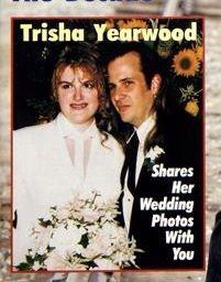 Famous weddings on pinterest 853 pins for Trisha yearwood wedding dress