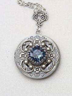 Antique style jewelry von Martina Willms auf Etsy