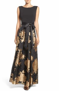 Main Image - Ellen Tracy Fit & Flare Gown
