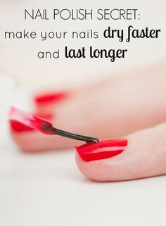 How to Make Nail Polish Dry Faster, Last Longer - One of the most frustrating things when painting your own nails is messing them up right after you finish! There's always that stage where I think my nail polish has dried, and when I try to run errands I Nail Polish Dry Faster, Dry Nails Fast, Nail Polish Hacks, Get Nails, How To Do Nails, Hair And Nails, Beauty Tips In Hindi, Beauty Guide, Cool Ideas
