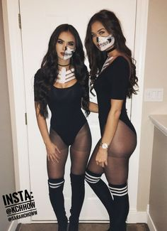 Need an amazing fancy dress outfit this Halloween party? Get yourself one of those Halloween outfits as a quick option. Sexy skeleton costumes and half skull makeup for Halloween. Last minute easy DIY. Costume Halloween, Sexy Skeleton Costume, Easy College Halloween Costumes, Costume Sexy, Halloween Inspo, Easy Halloween Costumes, Couple Halloween, Halloween Outfits, Halloween Makeup