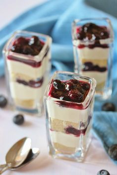 These Raspberry Lemon Cheesecake Mini Trifles are layered with rich butter cake, lightly sweetened raspberry sauce and creamy lemon cheese cake filling. Greek Sweets, Greek Desserts, Individual Desserts, Party Desserts, Mini Desserts, Just Desserts, Dessert Recipes, Dessert Shots, Bake Blueberry Cheesecake Recipe