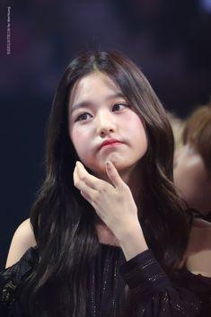 Jang Wooyoung, Uzzlang Girl, Japanese Girl Group, Twitter, Kpop Girls, Idol, Shit Happens, Hair Styles, Chara