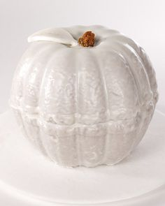 Halloween guests are sure to find this pumpkin cake eerily enchanting.