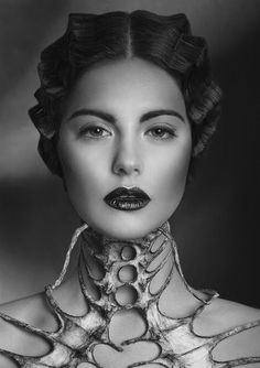 30 Super Ideas For Jewerly Photography Ideas Avant Garde Dark Fashion, Fashion Art, Fashion Design, Trendy Fashion, Fetish Fashion, Emo Fashion, Gothic Fashion, Fashion Beauty, Foto Portrait