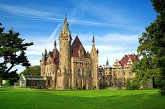 Castle in Moszna (Poland) - 365 rooms