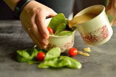 Blog kulinarny który jest formą kulinarnego pamiętnika i sposobem zatrzymania w kadrze pasji do gotowania. Sprouts, Cooking Recipes, Pudding, Vegetables, Tableware, Desserts, Food, Tailgate Desserts, Dinnerware