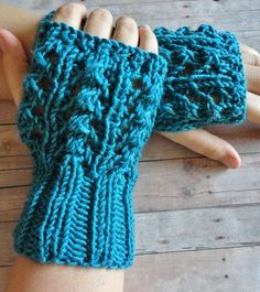 Hey, I found this really awesome Etsy listing at https://www.etsy.com/listing/111443201/fingerless-gloves-in-aqua-shabby-chic