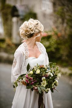 A rustic country garden bridal shoot in Yorkshire. Click the link to view the full photo shoot! Wedding Tips, Wedding Planning, Dream Wedding, Bridal Hair Updo, Bridal Hairstyles, Countryside Wedding, Bridal Shoot, Pretty Hairstyles, Rustic Wedding