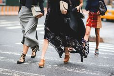 Clutch game, proper. #refinery29 http://www.refinery29.com/2015/09/93788/ny-fashion-week-spring-2016-street-style-pictures#slide-27