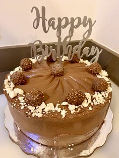Delicious #chocolate and hazelnut #cake with meringues and #ferrerorocher 👌 Caribbean Party, Hazelnut Cake, Private Chef, Mediterranean Dishes, Personal Chef, Home Chef, Delicious Chocolate, Whole Food Recipes, Celebrations