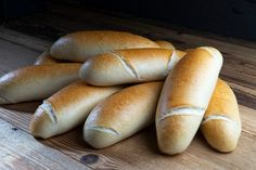 Bosnaweckerl – HOMEBAKING BLOG Ciabatta, Hot Dog Buns, Bagel, Smoothie Recipes, Rolls, Food And Drink, Low Carb, Baking, Blog
