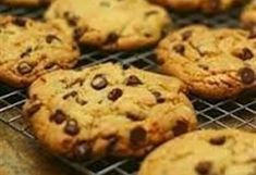 Ultimate Chocolate Chip Cookie Recipe And How To Start A Cookie Business No Bake Cookies, Cake Cookies, No Bake Cake, Chocolate Chip Cookies Recept, American Chocolate Chip Cookies, American Cookies Recipe, No Bake Desserts, Dessert Recipes, Happiness Is Homemade