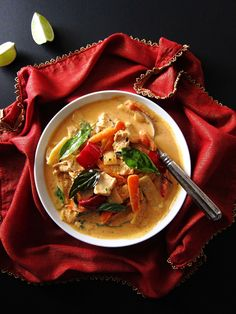 Instant Pot Thai Red Curry (replace chicken with Cauliflower or tofu for vegetarian)