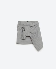 Image 8 of MINI SKIRT WITH A KNOT IN FRONT from Zara