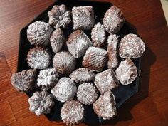 Christmas Cookies, Christmas Ornaments, Christmas Wrapping, Food And Drink, Ethnic Recipes, Ukraine, Xmas Cookies, Christmas Crack, Christmas Biscuits