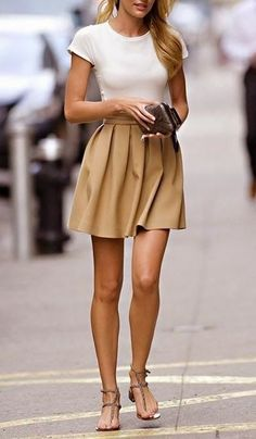 Amazing spring outfit ideas with beige mini skirt