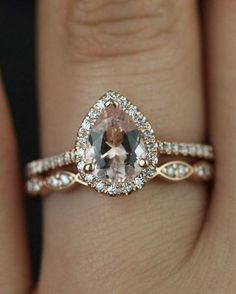 Pear Engagement Ring Set in Rose Gold