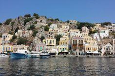 Un pueblo de Grecia que parece una maqueta (Symi)