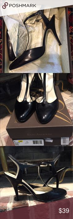 BLK PATENT LEATHER T STRAP HEELED SANDALS 8M NIB NEW IN THE BOX. ENZO ANGIOLINI EA TOPPER BLACK PATENT HEELS. BRAND NEW. SUPER SOFT. SIZE 8M. THANK YOU FOR YOUR CONSIDERATION. Enzo Angiolini Shoes Heels