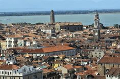 See related links to what you are looking for. Italy Tourist Attractions, Venice Italy, Architecture, Paris Skyline, Travel, Arquitetura, Viajes, Venice, Destinations