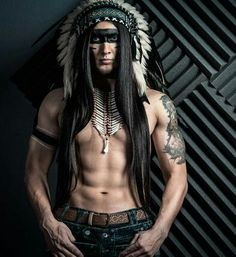 Strong and dark style to this native american Native American Actors, Native American Warrior, Native American Pictures, Native American Beauty, American Indian Art, Native American History, American Indians, Native American Headdress, Native Indian