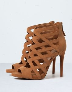 Bershka criss-cross strappy sandals - Shoes - Bershka United Kingdom