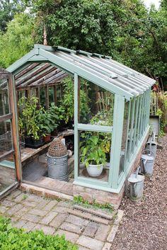 willab garden v xthus gothic p mur willab garden. Black Bedroom Furniture Sets. Home Design Ideas