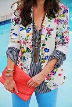 We've gathered our favorite ideas for 25 Trendy Floral Blazer Outfits To Repeat Fashionetter, Explore our list of popular images of 25 Trendy Floral Blazer Outfits To Repeat Fashionetter. Floral Blazer Outfit, Blazer Outfits, Casual Outfits, Cute Outfits, Floral Pants, Floral Jacket, Modern Outfits, Fast Fashion, Look Fashion