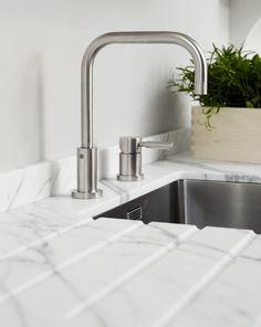 Küchenarmatur, Armatur, Spülbecken, Küchenspüle Marmor, Edelstahl, Marmor  Küche, Idee,