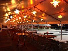 Die überdachte Eisstockbahn von Leverkusen on Ice siehe auch http://www.weihnachtsfeier-betriebsausflug.de
