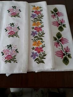 This Pin was discovered by Şul Hand Embroidery Design Patterns, Embroidery Stitches, Needlework, Cross Stitch, Drawings, Bath Towels & Washcloths, Wrap Dresses, Cross Stitch Flowers, Cross Stitch Embroidery